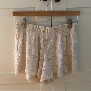 Tobi lace shorts